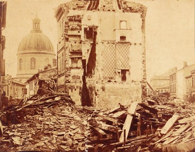 Toulouse ravagé par les crues de la Garonne en 1875