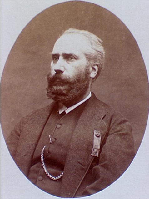 rthur Arnould, né le 17 avril 1833 à Dieuze (Meurthe) et mort le 26 novembre 1895 à Paris, est un ancien employé de l'Assistance publique, écrivain et journaliste libertaire français. Il participe activement à la Commune de Paris et est un membre actif de la Première Internationale