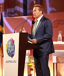 Arnold Schwarzenegger y su fundación R20 Regions of Climate Action.