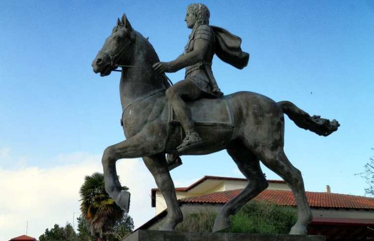 Statue of Buccephalus and Alexander the Great