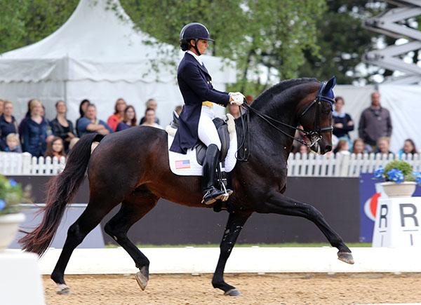 Allison Brock y su caballo Rosselvet