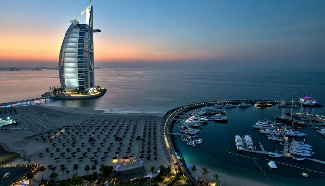 Pista de tenis más alta del mundo en burj al arab hotel dubai