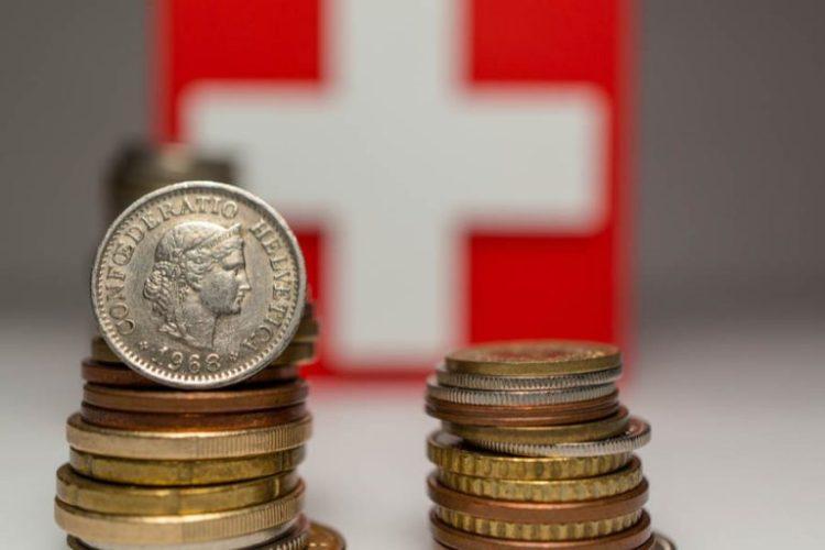 Suiza, uno de los centros financieros mundiales según Gustavo Mirabal