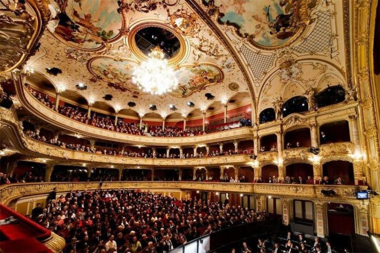 Opera House, Zurich - Switzerland - Favorites of Gustavo Mirabal