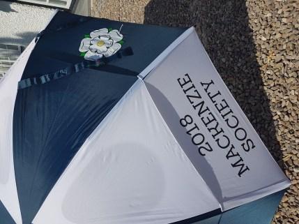 GustBuster windproof golf umbrella promotional print close up