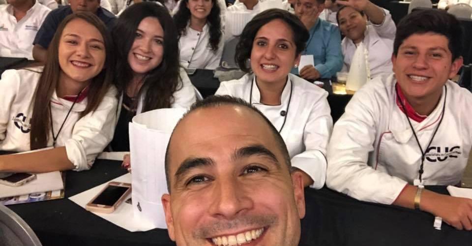 Chef Maximiliano Sola presente en Cumbre Nacional Gastronómica