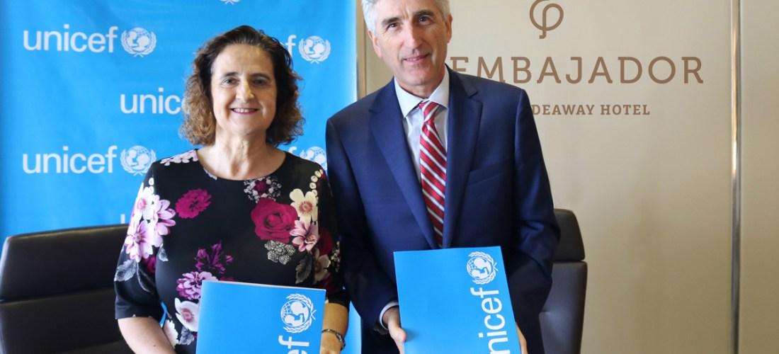 Acuerdo de colaboración entre UNICEF y Hotel El Embajador, A Royal Hideaway