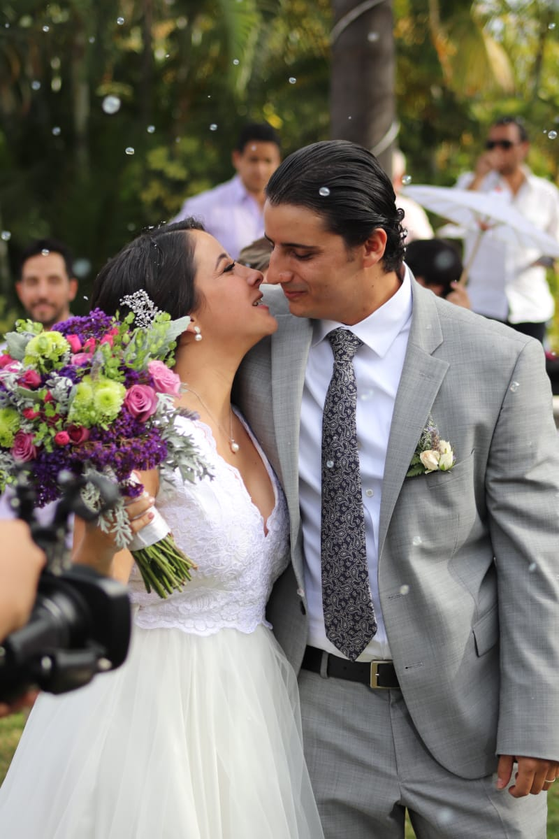 Diego Santiago y Sophia Ancira