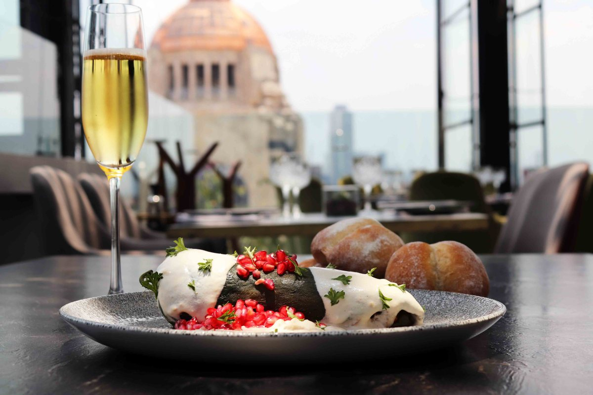 Temporada de Chiles en Nogada por Arango Restaurante