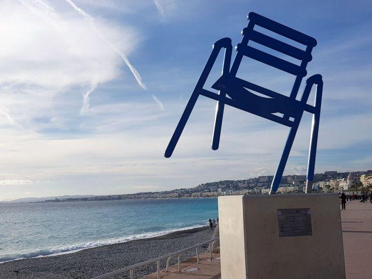 Nizza blauer Stuhl