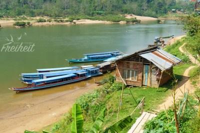 Ausblick von der Anlegestelle in Muang Noi
