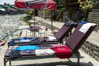 Unsere Wäsche wird im stärksten Trockner der Welt getrocknet - Mittagssonne!