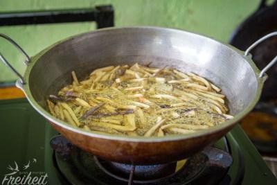 ...um daraus ein mega leckeres Auberginen Curry zu zaubern