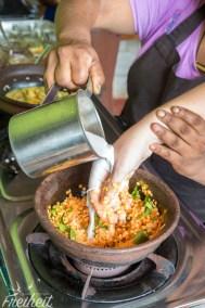 Linsencurry - Currys werden in Sri Lanka immer mit Kokosmilch zubereitet