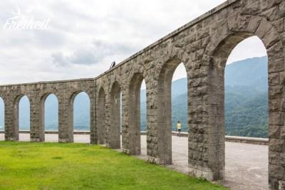Mahnmal in Kobarid zum Gedenken der gefallenen italienischen Soldaten aus dem ersten Weltkrieg