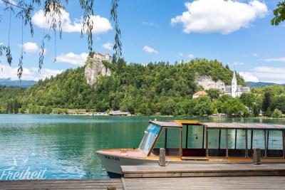 Auf dem See ist nur Ruderkraft oder ein E-Motor erlaubt