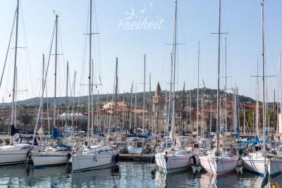 Wenn man vor lauter Segelbooten, den Hafen nicht mehr sieht ;-)