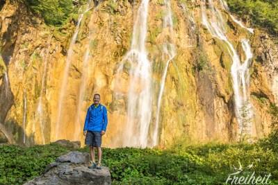 Am Veliki Slap = Großer Wasserfall (mit kleinem Regenbogen)