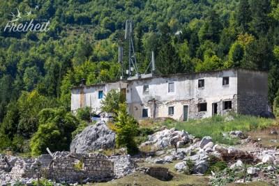 Eine von vielen verlassenen Ruinen