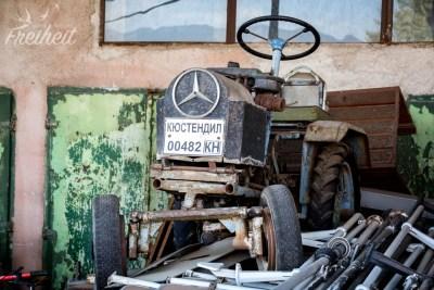 Wenn der Mercedes Stern fast so groß wie das Lenkrad ist...
