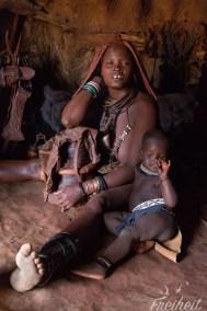 Im Haus einer Himbafamilie