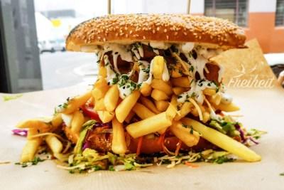 "Burger bei ""Lekker Vegan"" in Kapstadt"