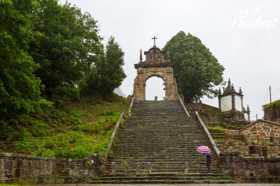 Ankunft in Peneda und Aufstieg zur Wallfahrtskirche