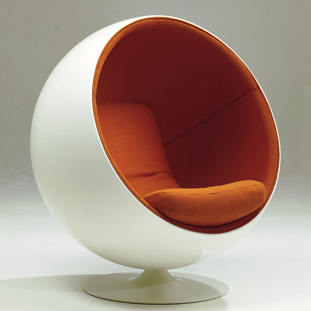 modern ball lounge chair indian massage la de eero aarnio | guten morgwen