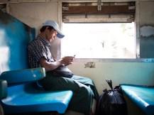 Im Vorortzug von Yangon