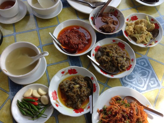 Essen in Öl in Myanmar