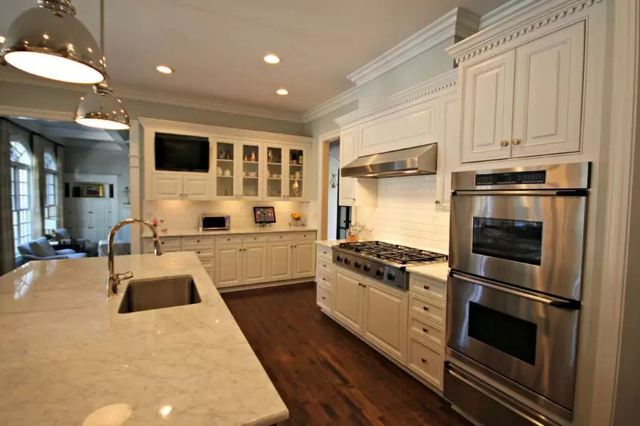 How Much Does a New Kitchen Cost? | Guthmann Construction
