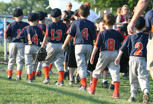 Softball, baseball sign-ups for Guthrie little league now underway
