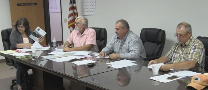 Commissioners hold special meeting; no action taken on budget