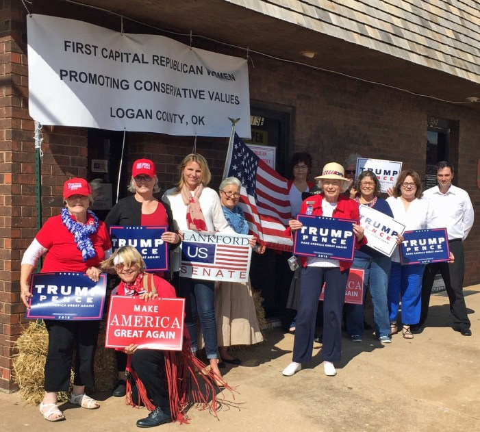 Republican Women hosts open house for headquarters