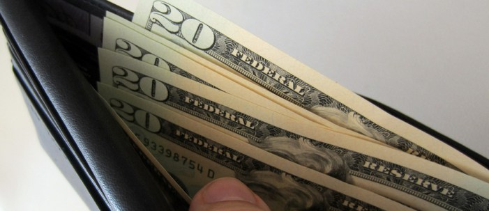 GHS siblings find and return missing wallet filled with cash