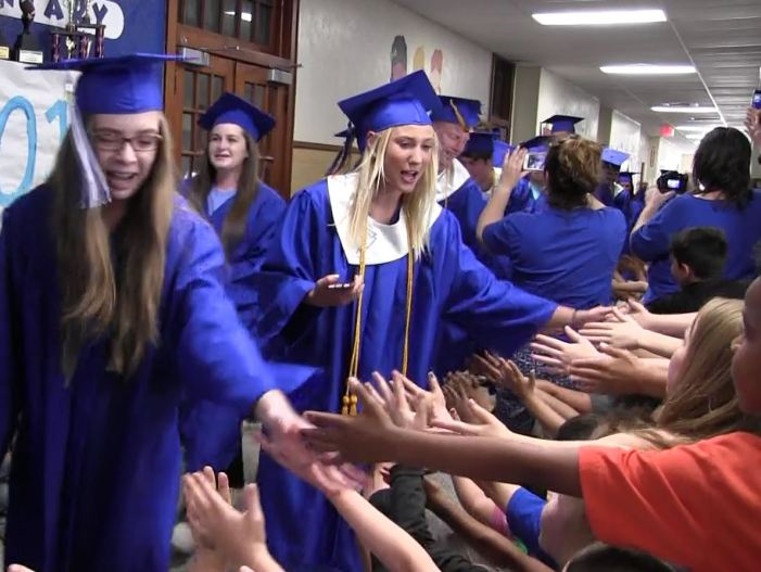2017 GHS Seniors walk through Fogarty Elementary
