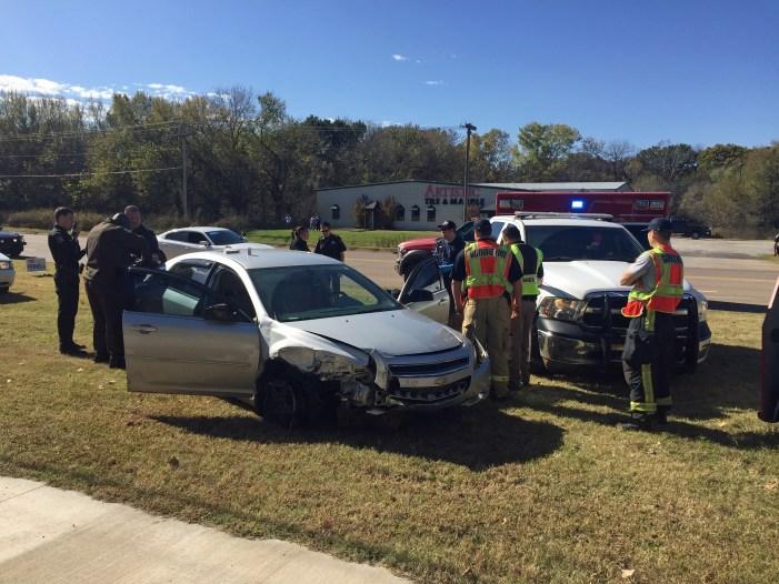 Video: Vehicle pursuit leaves two patrol units damaged