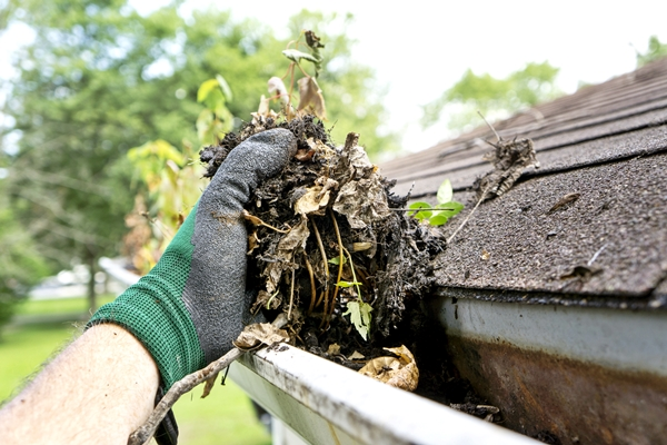 gutter cleaning wichita Gutter Overflow Can Damage
