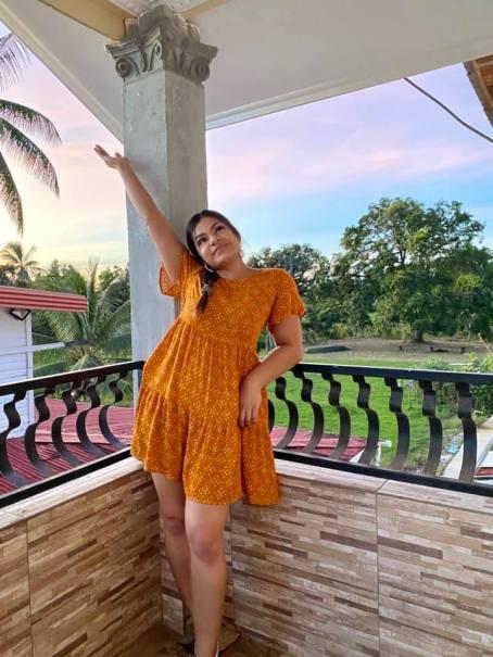 Guyanese Singer, Poonam Singh is a Talented Guyanese