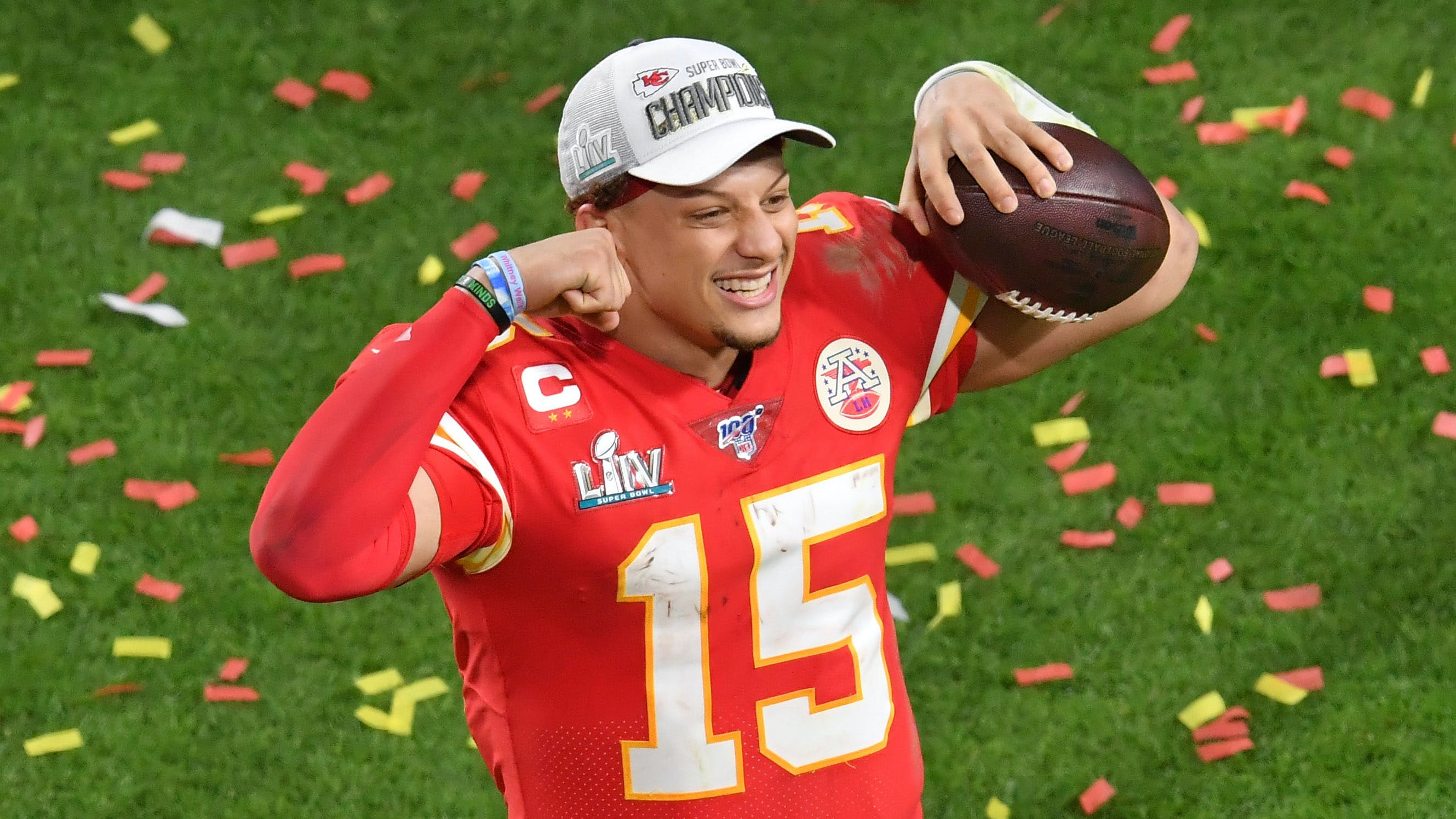 "Mahomes Deal Shows Just How Unique the ""Patriot Way"" Is"