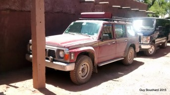 Jeep Nissan prêt pour une expédition à San Pedro de Atacama