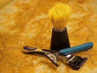shave pubes men