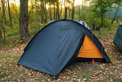 Think quick set up with a survival tent & Best Survival Tent Options for Emergency Shelter - Guy Counseling