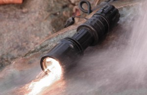How to Compare Tactical Flashlights