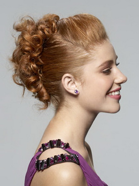 Curly pin up hairstyles