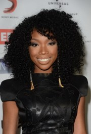 curly weave hairstyles with bangs