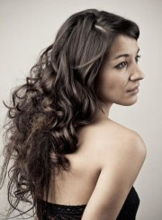 cute hairstyles long wavy hair
