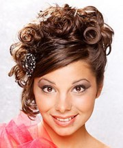 formal hairstyles curly hair