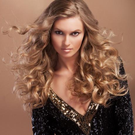 Glamorous hairstyles for long hair
