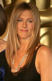 jennifer aniston layered haircut